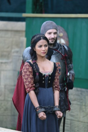 "GALAVANT - ""Death After Brunch"" - Thinking about being in a relationship, Isabella wants Galavant to try to impress her parents with attentive small talk, but he's confident that breaking everyone out of prison will impress them and save them from certain death. Galavant gets his opportunity for a hero moment when King Richard challenges his brother to a duel and needs a champion to fight for him, on ""Galavant,"" airing SUNDAY, JANUARY 25 (8:00-8:30 p.m., ET) on the ABC Television Network. (ABC/Nick Ray) KAREN DAVID"