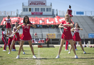 """GLEE: Alumnae's Santana (Naya Rivera, L) and Brittany (Heather Morris, R) return to McKinley High in the second part of the special two-hour """"Loser Like Me/Homecoming"""" Season Premiere episode of GLEE on Friday, Jan. 9 (8:00-10:00 PM ET/PT) on FOX. ©2014 Fox Broadcasting Co. CR: Adam Rose/FOX"""
