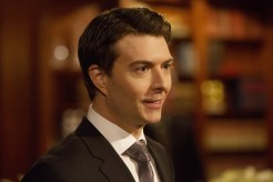 "12 MONKEYS -- ""Pilot"" Episode 101 -- Pictured: Noah Bean as Aaron -- (Photo by: Alicia Gbur/Syfy)"