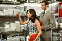 """PARKS AND RECREATION -- """"Donna and Joe"""" Episode 703 -- Pictured: (l-r) Aubrey Plaza as April Ludgate, Chris Pratt as Andy Dwyer -- (Photo by: Greg Gayne/NBC)"""