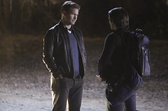 """The Vampire Diaries -- """"Stay"""" -- Image Number: VD114a_0184.jpg -- Pictured (L-R): Matt Davis as Alaric and Steven R. McQueen as Jeremy -- Photo: Annette Brown/The CW -- © 2015 The CW Network, LLC. All rights reserved."""