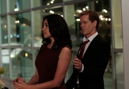 """THE FOLLOWING: Ryan Hardy (Kevin Bacon, R) has a new love interest, Gwen (Zuleikha Robinson, L) in the all-new """"New Blood"""" Season Premiere episode of THE FOLLOWING airing Monday, March 2 (9:00-10:00 PM ET/PT) on FOX. ©2015 Fox Broadcasting Co. CR: Giovanni Rufino/FOX"""