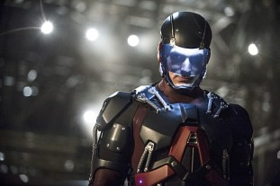 """Arrow -- """"Suicidal Tendencies"""" -- Image AR317B_0287b -- Pictured: Brandon Routh as Ray Palmer / The Atom -- Photo: Cate Cameron/The CW -- © 2015 The CW Network, LLC. All Rights Reserved."""
