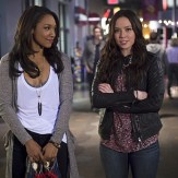 """The Flash -- """"Out of Time"""" -- Image FLA115A_0322b -- Pictured (L-R): Candice Patton as Iris West and Malese Jow as Linda Park -- Photo: Diyah Pera/The CW -- �© 2015 The CW Network, LLC. All rights reserved."""
