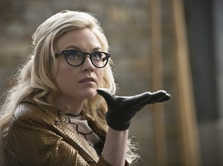 "The Flash -- ""All Star Team Up"" -- Image FLA118B_0057b -- Pictured: Emily Kinney as Brie Larvan -- Photo: Cate Cameron/The CW -- © 2015 The CW Network, LLC. All rights reserved."