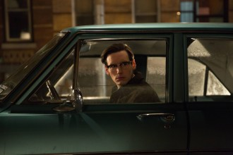 GOTHAM: Edward Nygma (Cory Michael Smith) makes an important decision in the ÒUnder the KnifeÓ episode of GOTHAM airing Monday, April 20 (8:00-9:00 PM ET/PT) on FOX. ©2015 Fox Broadcasting Co. Cr: Jessica Miglio/FOX
