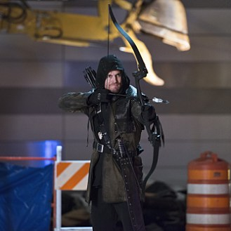 "The Flash -- ""Rogue Air"" -- Image FLA122B_0389b -- Pictured: Stephen Amell as Oliver Queen / Arrow -- Photo: Diyah Pera/The CW -- �© 2015 The CW Network, LLC. All rights reserved."