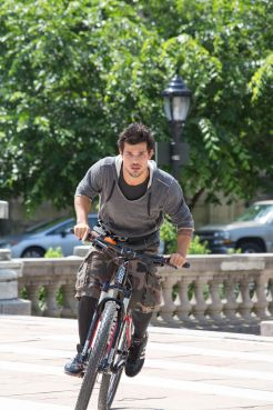Tracers starring Taylor Lautner. Available on Blu-Ray/DVD/Digital HD on May 12, 2015.