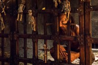 """HANNIBAL -- """"Secondo"""" Episode 303 -- Pictured: Julian Richings as Caged Man -- (Photo by: Brooke Palmer/NBC)"""