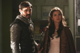 "VIDEO/PHOTOS: Preview 'Once Upon a Time' Season 5, Episode 4 ""The Broken Kingdom"""