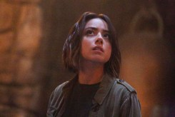"""MARVEL'S AGENTS OF S.H.I.E.L.D. - """"Purpose in the Machine"""" - Fitz and the team enlist the aid of an Asgardian to unlock the secrets of the ancient monolith that swallowed Simmons, and Agent May is at a crossroads in her personal and professional life, on """"Marvel's Agents of S.H.I.E.L.D.,"""" TUESDAY, OCTOBER 6 (9:00-10:00 p.m., ET) on the ABC Television Network. (ABC/Kelsey McNeal) CHLOE BENNET"""