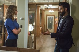 "iZombie -- ""Real Dead Housewife of Seattle"" -- Image Number: ZMB_203a_3864.jpg -- Pictured (L-R): Aly Michalka as Peyton Charles and Rahul Kohli as Dr. Ravi Chakrabarti -- Photo: Jack Rowand /The CW -- © 2015 The CW Network, LLC."