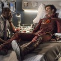 """The Flash -- """"The Man Who Saved Central City"""" -- Image FLA201b_0462b.jpg -- Pictured (L-R): Jesse L. Martin as Detective Joe West and Grant Gustin as Barry Allen -- Photo: Cate Cameron /The CW -- �© 2015 The CW Network, LLC. All rights reserved."""