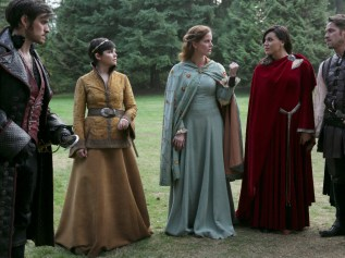 "VIDEO/PHOTOS: Preview 'Once Upon a Time' Season 5, Episode 7 ""Nimue"""
