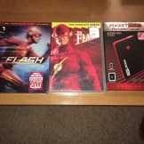 """WSN 2nd Annual Holiday Giveaway; """"The Flash"""" DVD sets and Pocket Juice Portable Charger"""