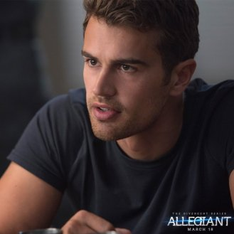 Download New 'Divergent Fandom' App for Film Exclusives