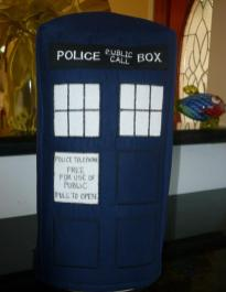 SATURDAY SHOUT-OUT: Glorious Zanymouse Creations (DOCTOR WHO TARDIS blender cover: Photo Credit Zanymouse Creations)