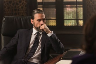 """PREVIEW: 'Tyrant' Season 3, Episode 5 """"A Rock and a Hard Place"""""""