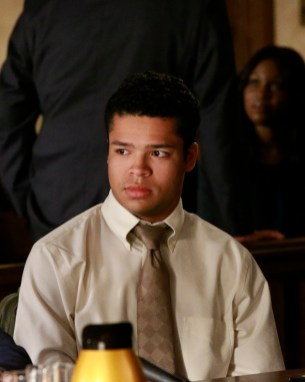 """PREVIEW: 'How to Get Away with Murder' Season 3, Episode 4 """"Don't Tell Annalise"""""""