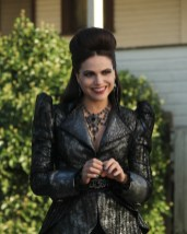 "PREVIEW: 'Once Upon a Time' Season 6, Episode 6 ""Dark Waters"""