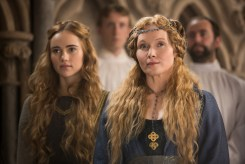 "PREVIEW: 'The White Princess' Season 1 Premiere ""In Bed with the Enemy"""