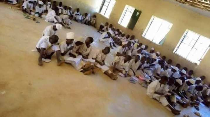 Dear Ganduje, junior secondary school Ajingi Kano writes exams on floor