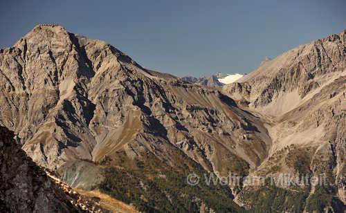 Blick vom Monte Triplex auf Passo und Monte Chaberton