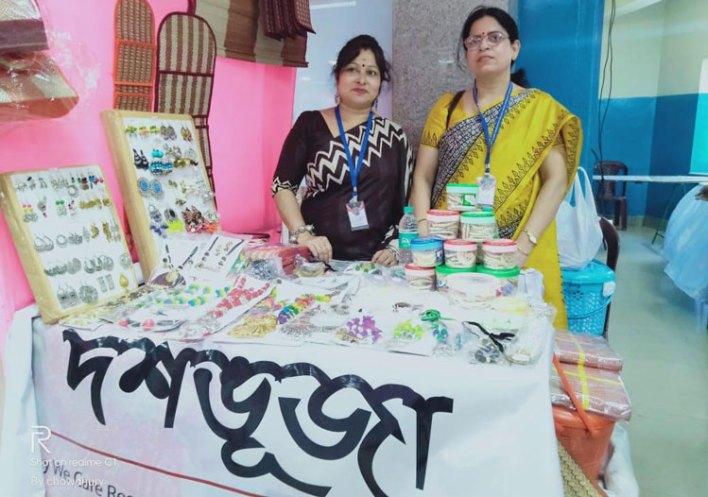 জঙ্গলমহলের নারীশক্তির জয়জয়কার কলকাতার প্রদর্শনীতে - West Bengal News 24