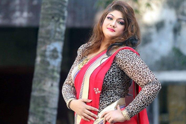 তৃতীয় স্বামী খুঁজছেন চিত্রনায়িকা মুনমুন - West Bengal News 24