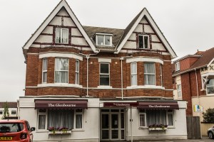 Holiday Accommodation in Westbourne. Earlham Lodge, Alumhurst Road.