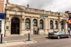 Banks in Westbourne - Lloyds Bank