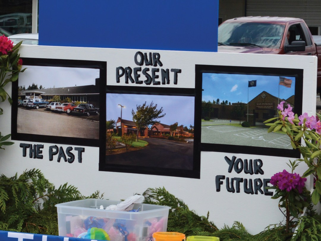 PHMC – Vinyl Pictures for Rhody Day Parade Float