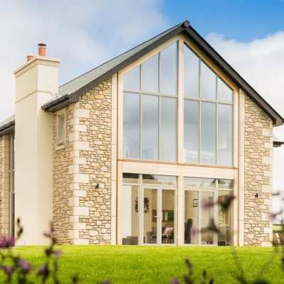 Which colours and wood finishes are available for your composite windows, doors and sliding doors?