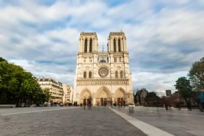 France, Ile-de-France, Paris, Notre Dame cathedral, long exposure