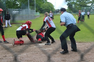 69'ers Sisters vs. HH Knights 2 (Spielbericht 30.05.2015)