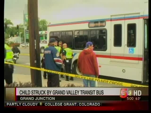 bus hits 3 year old_6756340036885498365