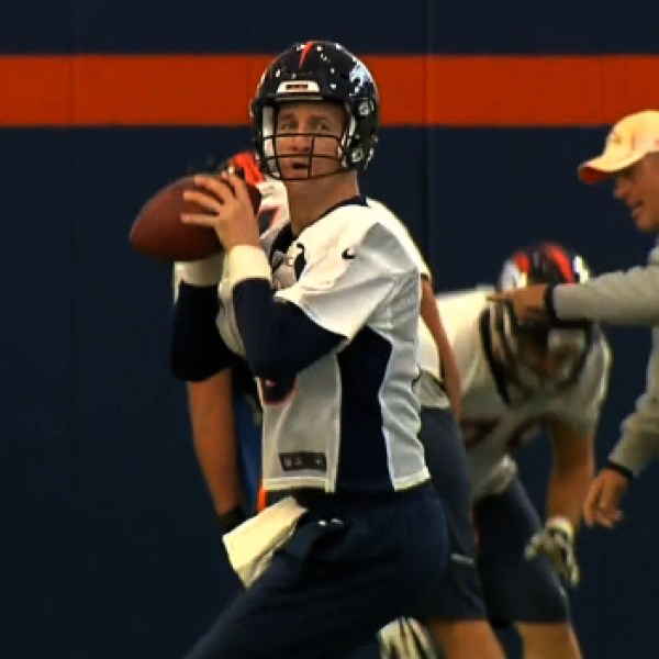 Manning Reclaims Starting Job