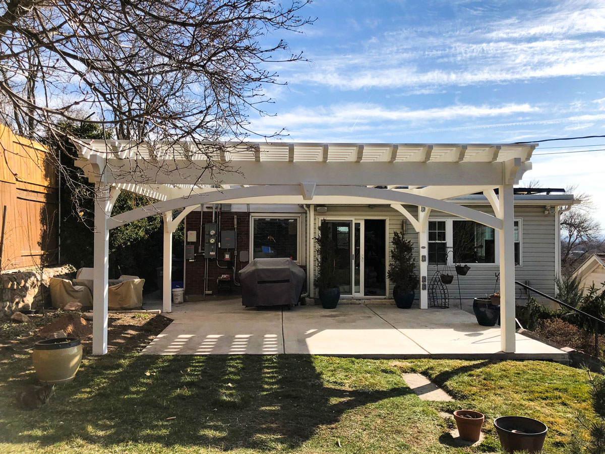 Showy Pergola W 4ft Cantilevered Roof Western Timber Frame