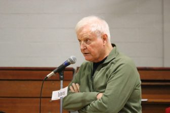 David Earl voiced support for the town's purchase of 63 Main St. PHOTO BY JOYCE PELLINO CRANE
