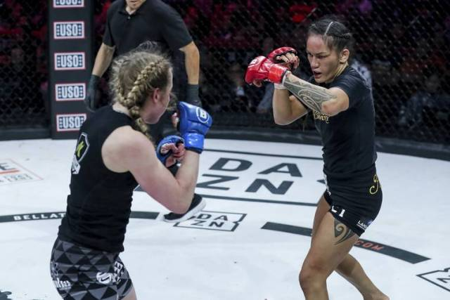 Bellator champ, Hawaii native Macfarlane ends strange year with tough bout