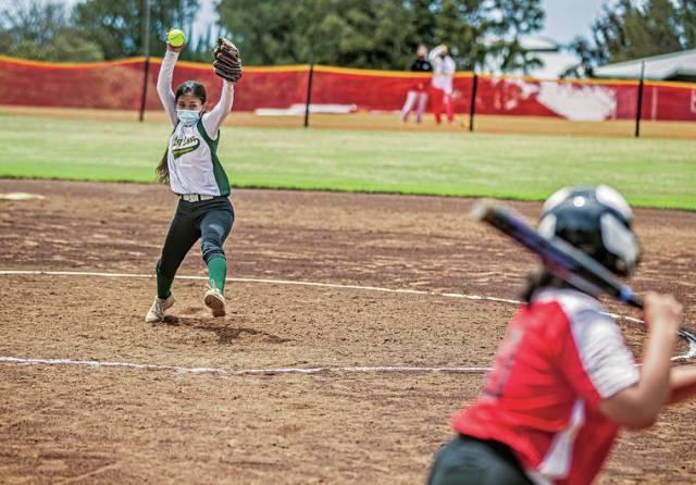 Kona club team opens softball season with wins over Hawaii Prep