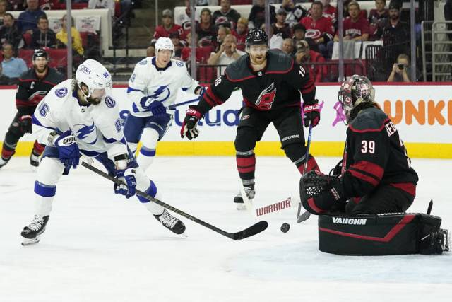 Stanley Cup Playoff capsules: Tampa Bay eliminates Carolina, advances to semifinals
