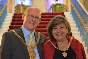 Lord and Lady Mayor Malcolm and Liliana Kennedy.