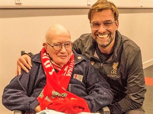 Bernie Sheridan (left) with Jurgen Klopp.