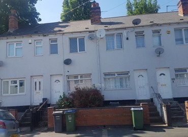 2 bedroom house to rent in smethwick B66