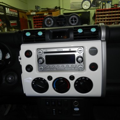 FJ Cruiser Audio Upgrade-