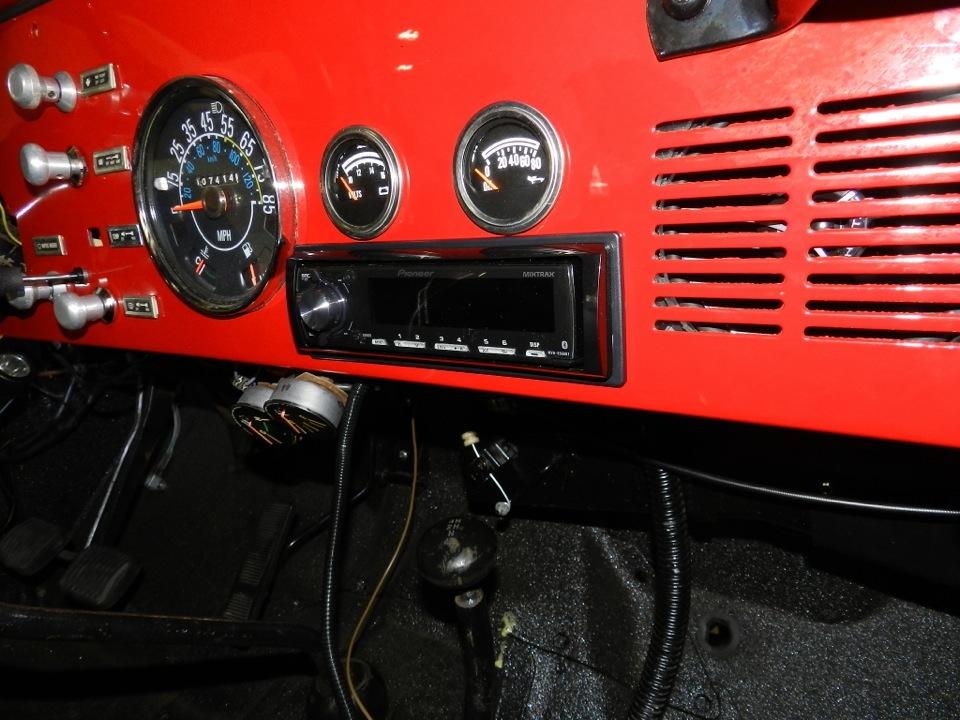 Jeep CJ5 Audio System Upgrade Fills Many Needs