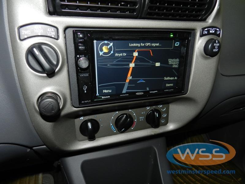 04 Sport Trac In Dash Screen And Backup Camera