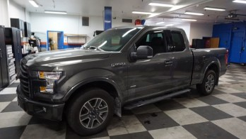 Ford F-150 Retractable Bedcover