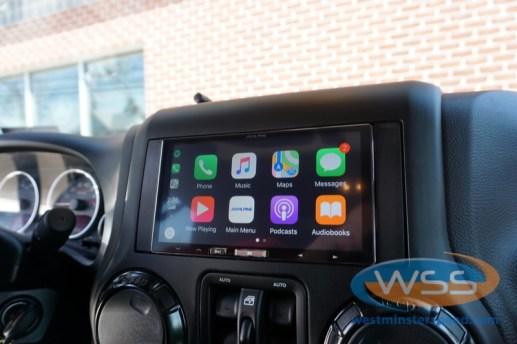 Jeep Wrangler CarPlay
